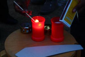 Kerzen für die Ermodeten